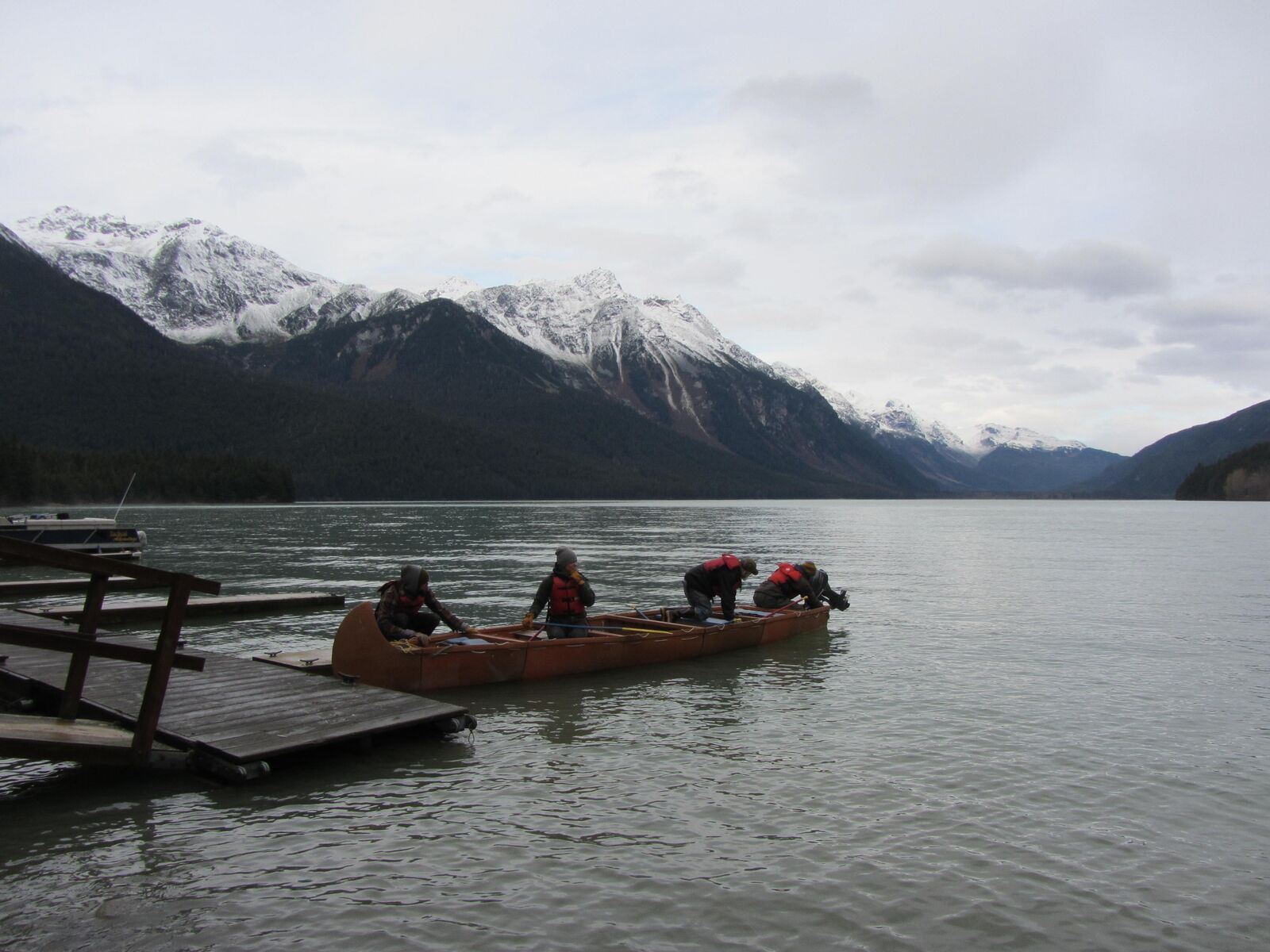 Our motorized canoes make exploring Chilkoot Lake a relaxing experience!